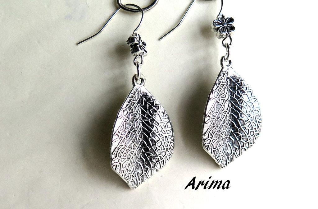 Orecchini con pendente in silver a foglia     art 12