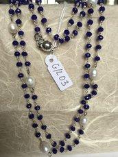 Collana girocollo con perline di agata e perle naturali.