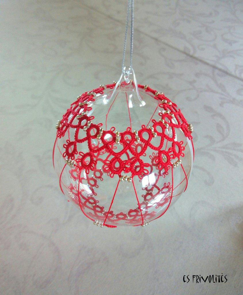 Pallina natalizia in vetro soffiato e pizzo chiacchierino PV7R3C