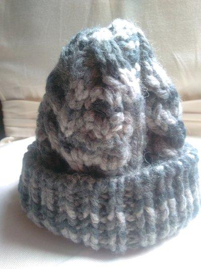 Cappello grigio in lana