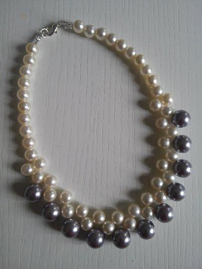 COLLANA TRE FILI perle bianche e grigie
