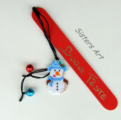 Segnalibro Buone Feste, con Pupazzo di neve realizzato con perline Miyuki delica