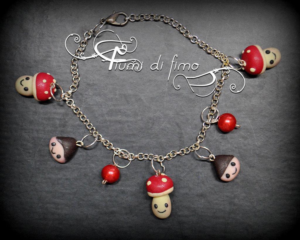 bracciale fimo| bracelet fimo| braccialetto autunnale| gioielli autunno| funghetti e castagne in fimo| bracciale pendenti| bracciale perline| gioielli fimo