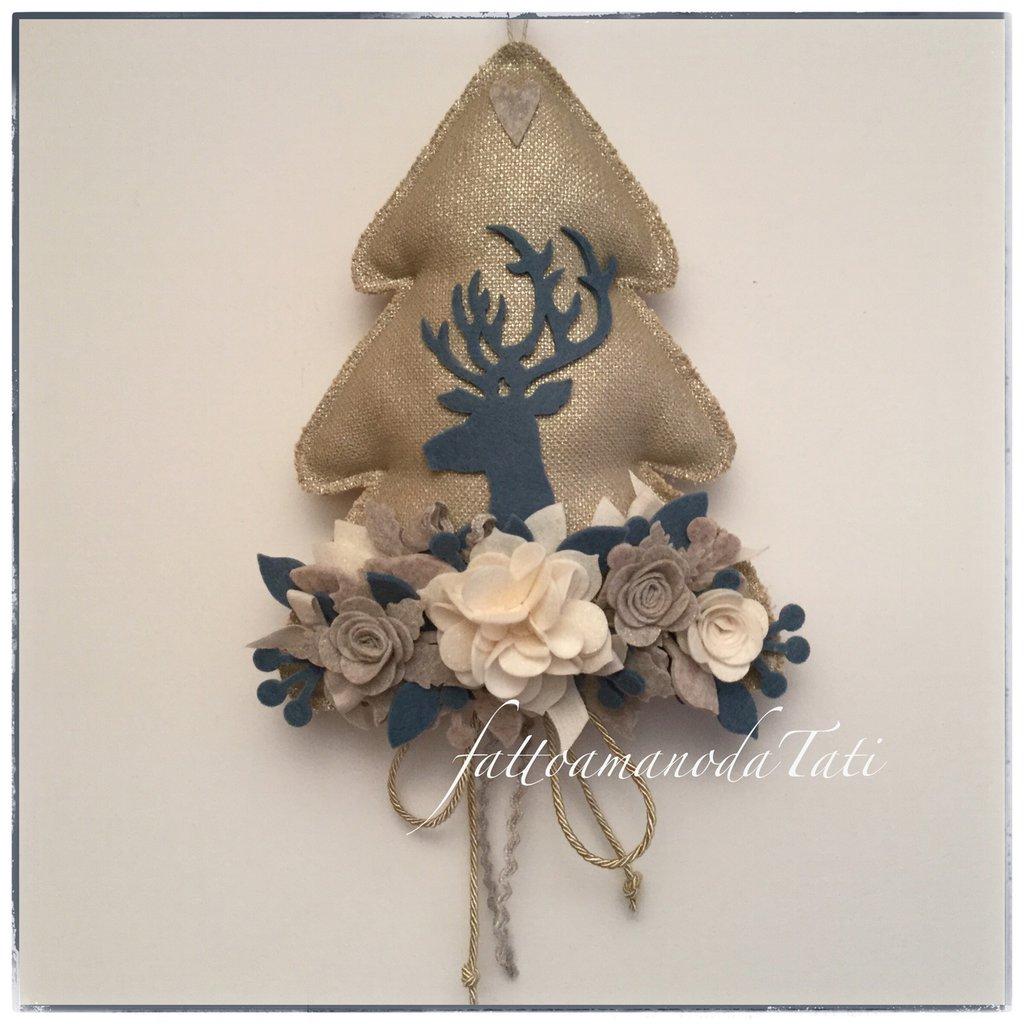 Albero in cotone dorato con cervo blu e fiori brillantinati