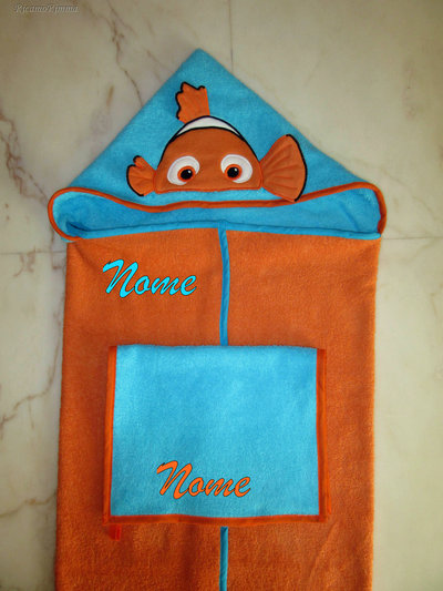 Set accappatoio a mantello Alla ricerca di Nemo + asciugamano mani/viso personalizzato