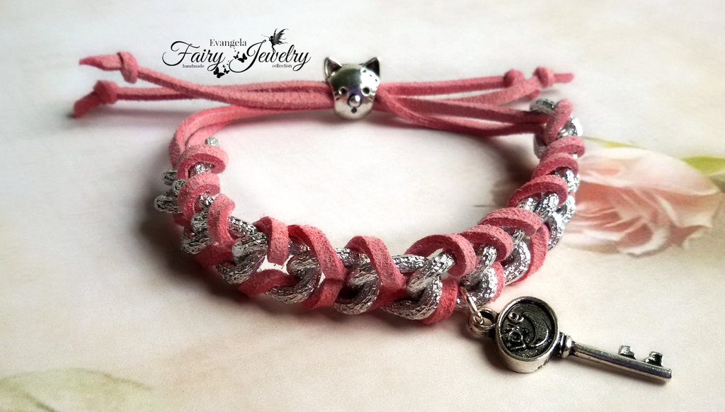 Bracciale catena alluminio alcantara intrecciato gatto rosa chiave fatto a mano
