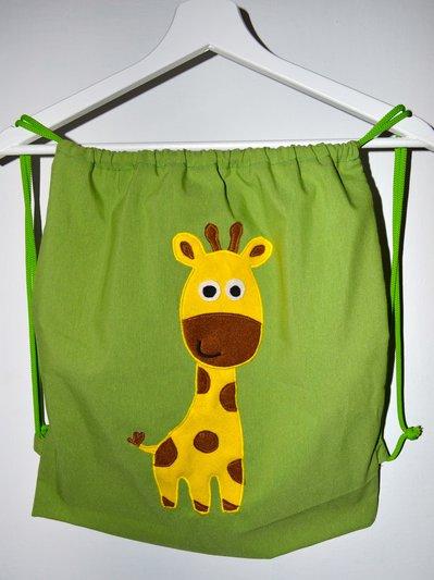 Zainetto verde con giraffa
