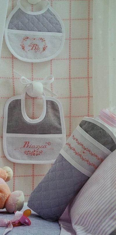 Corredino nascita ricamato e personalizzato per bimba o bimbo