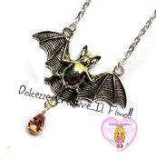 Collana Goth - Pipistrello con lacrima rosa pendente - idea regalo pastel goth