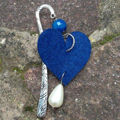 Segnalibro cuore blu