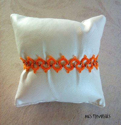 Braccialetto in pizzo chiacchierino Bright Orange con perline BP6BOC