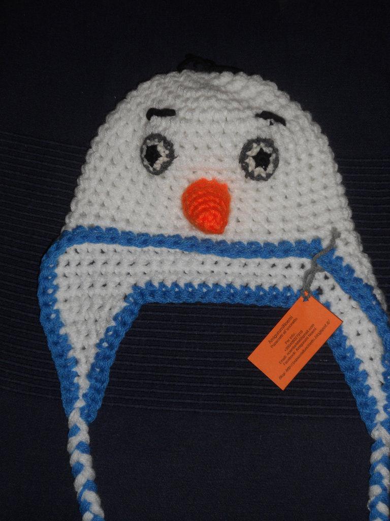 Cappellino a forma di Olaf realizzato in lana acrilica creato sia per neonato che per bambino ragazzo e adulto simpatica idea regalo natale