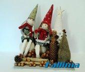 NATALE-GNOMI  DEL BOSCO INVERNO in pannolenci, lana e legno fatta a mano