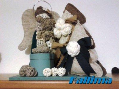 ANGELO PORTADONI in pannolenci, lana e legno fatta a mano