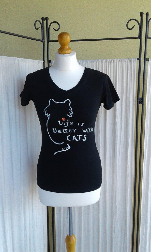 T shirt cat