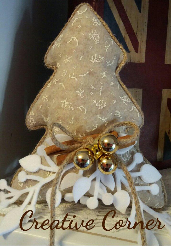 Albero natalizio in pannolenci