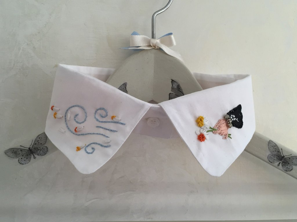 Colletto ricamato a mano // embroidered collar