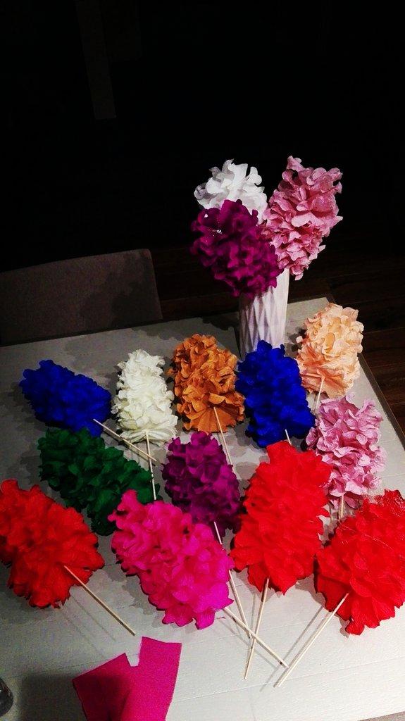 I Riccioli....Fiori decorativi