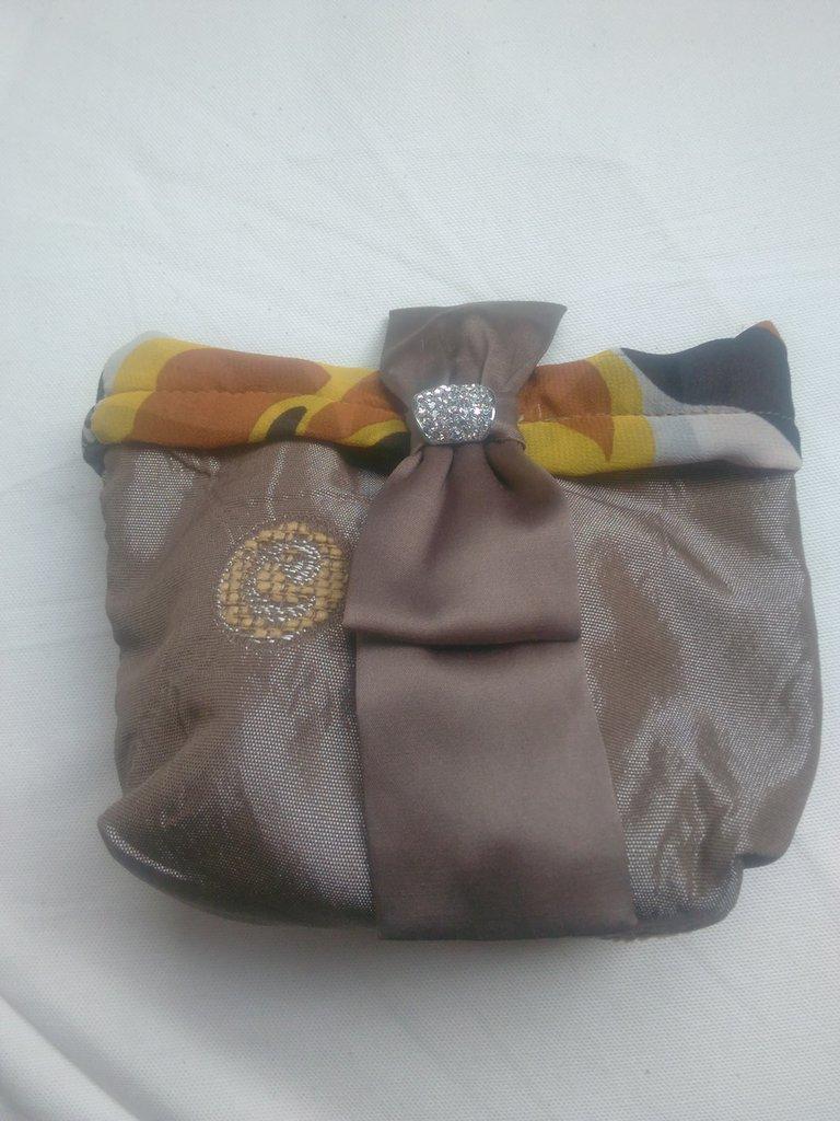 Porta trucchi da borsa donna accessori di mariella - Trousse porta trucchi ...