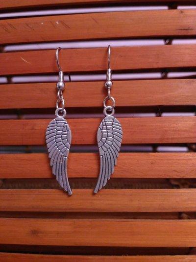 Orecchini   pendenti  ali  angeli in metallo
