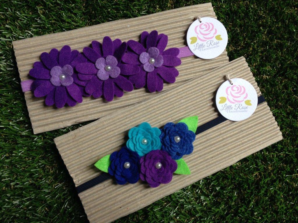 Set di 2 fasce elastiche in tono viola, blue e turchese by Little Rose Handmade