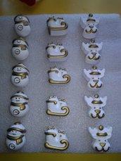 Set gessetti natalizi, in polvere di ceramica bianca.