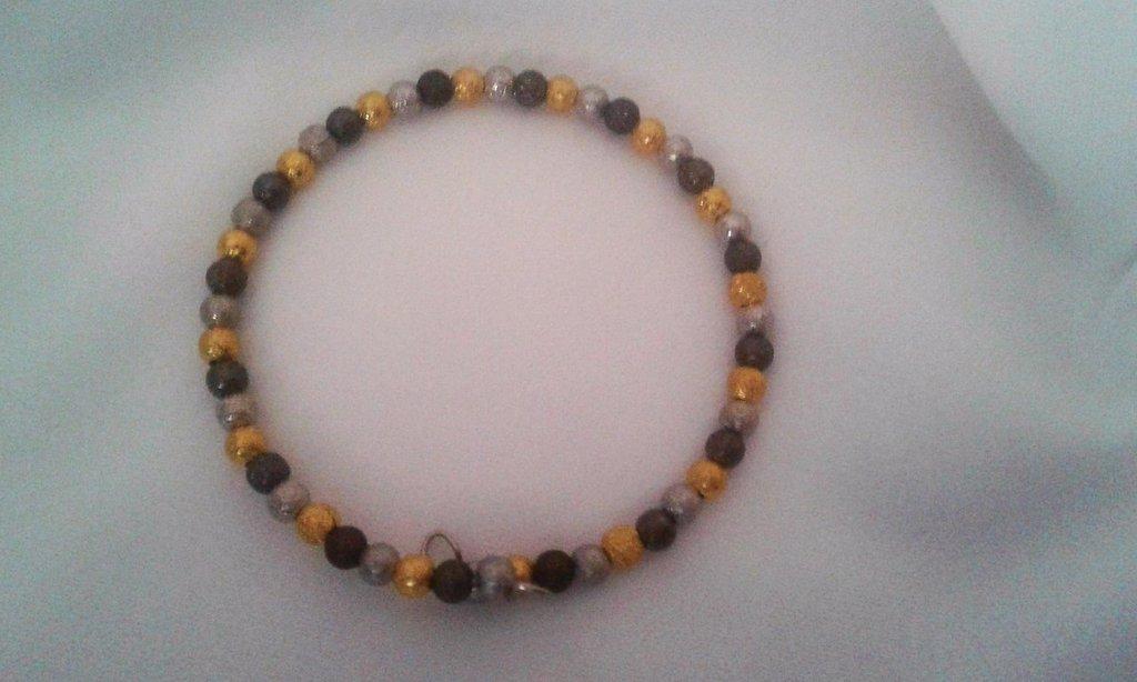 Bracciale filo armonico con perle in ottone dorato, argento e antracite