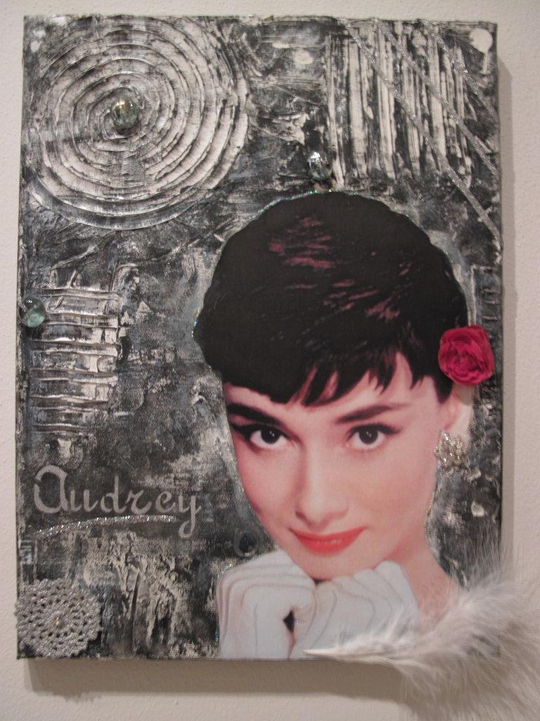 """Tela creativa""""Audrey Hepburn"""""""