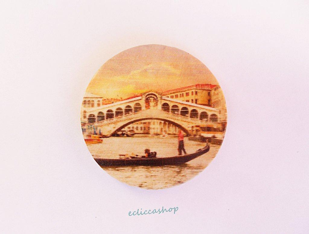 Medaglione ciondolo GRANDE con Ponte di Rialto Venezia in legno 45 mm 1pz