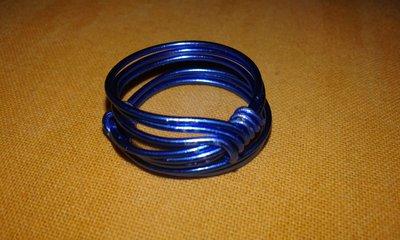 Anello in alluminio blu