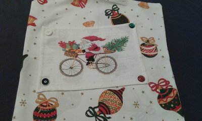 Copricuscino Babbo Natale in bicicletta