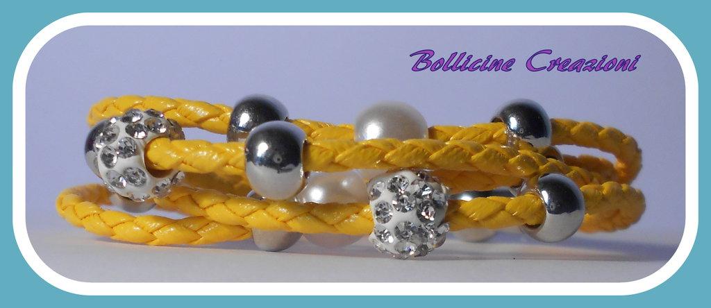Bracciali in corda sintetica intrecciato con perline e chiusura a calamita oro, verde, salmone giallo e rosso scuro