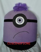 CUSCINO MINION LILA