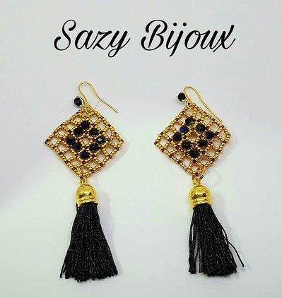 SQUARY: Orecchini lunghi in tessitura di perline con Cristalli e Nappine