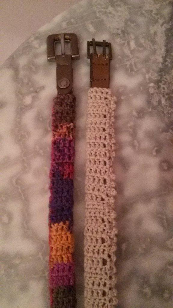 Cinture all'uncinetto di lana