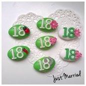 confetti decorati per il diciottesimo compleanno