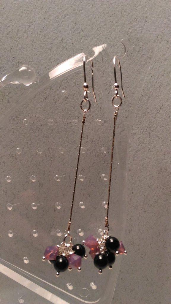 Orecchini pendenti in argento con swarovsky bicono e perle