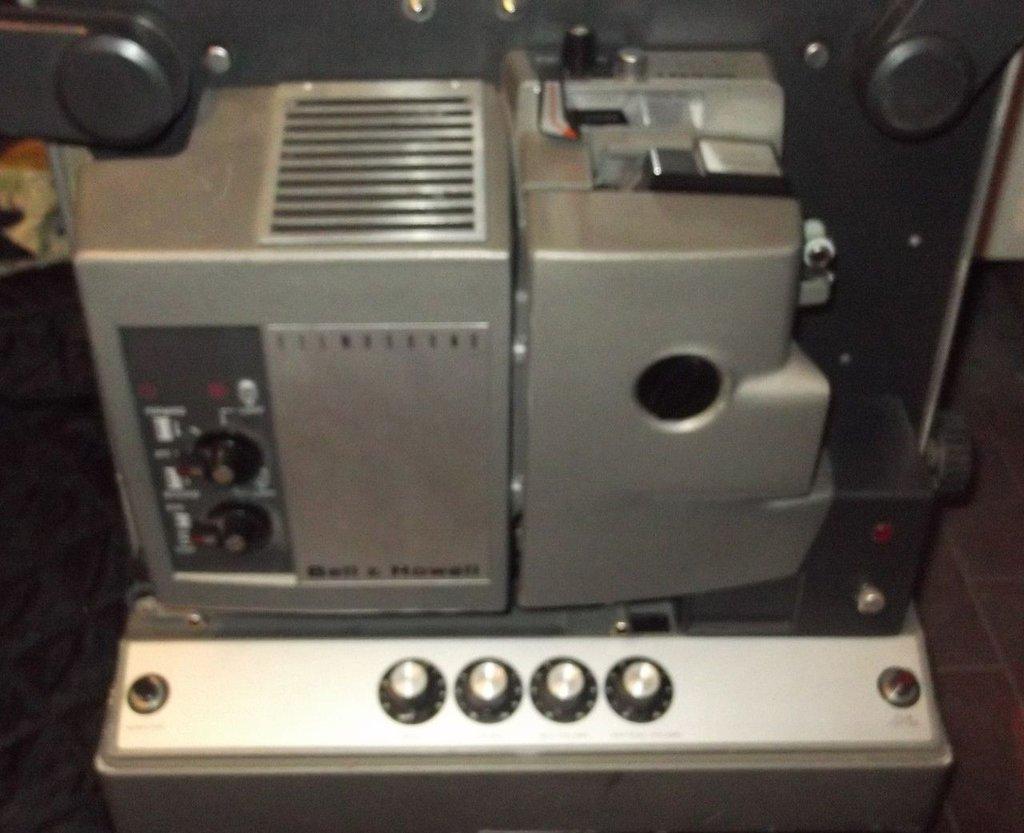proiettore howell funzionante, 16mm, anni 70
