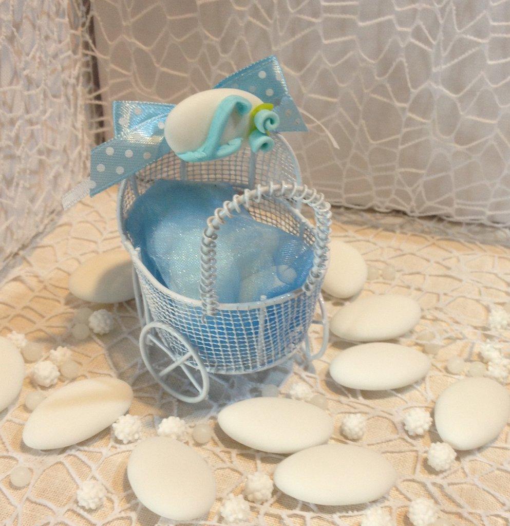 Confezione confetti decorati in gabbietta culla