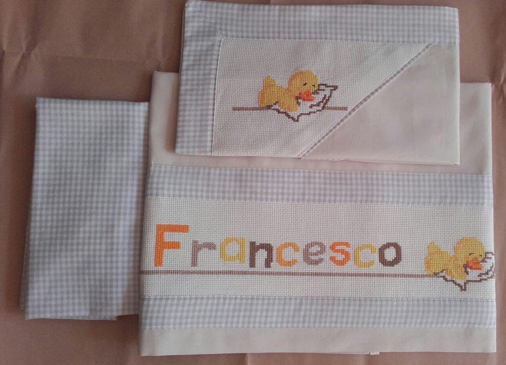 Set neonato lenzuolo per carrozzina o culletta ricamato a mano