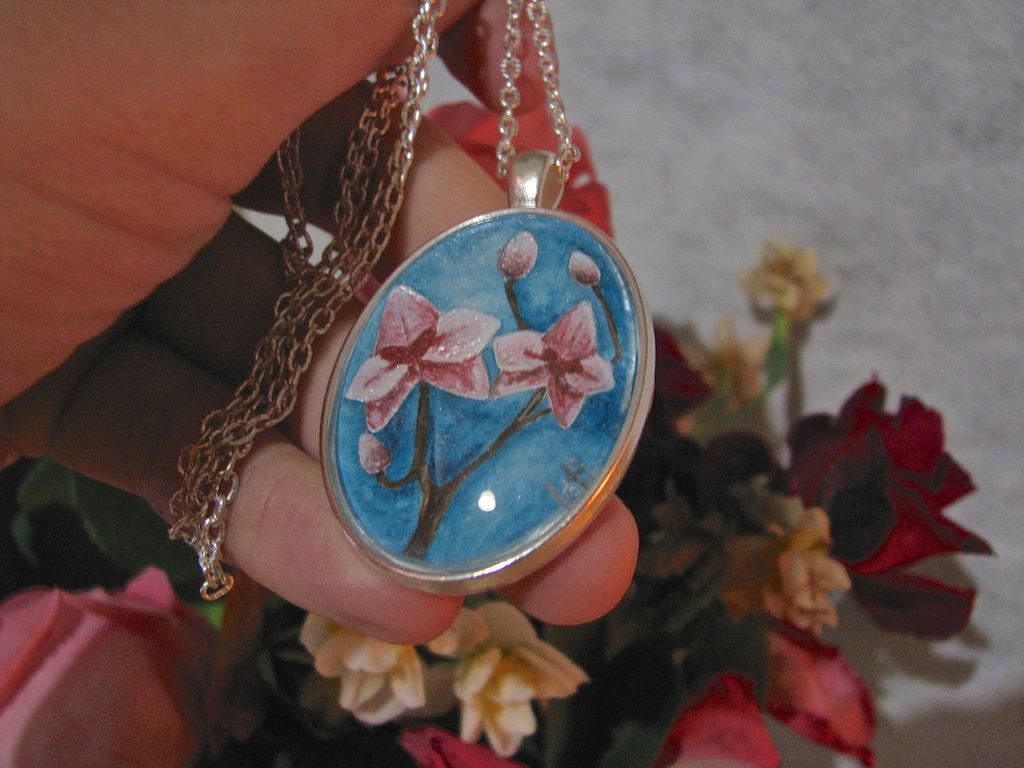 Collana ORCHIDEA, dipinta a mano con acquerelli e acrilici