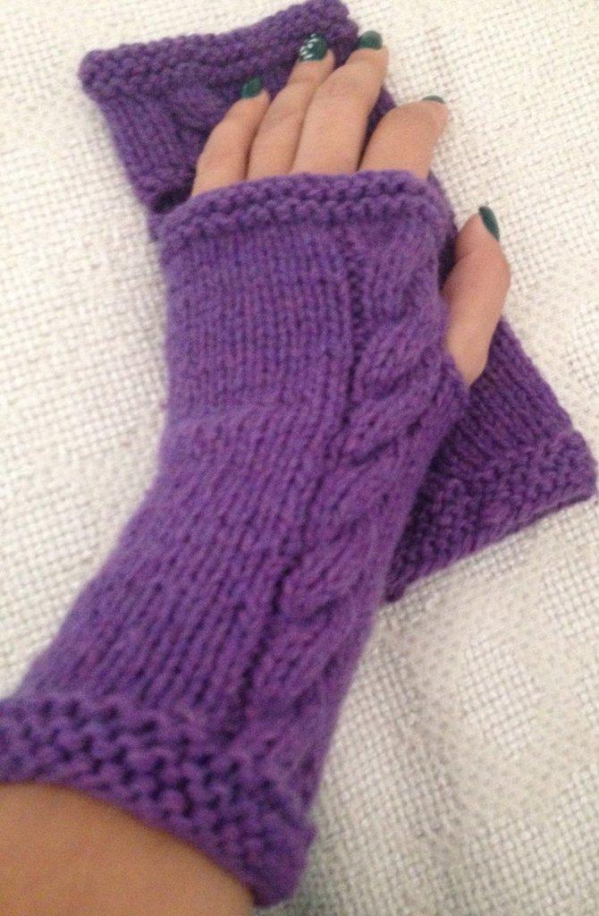 mezzi guanti in lana viola