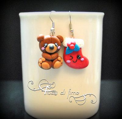 orecchini natalizi| orecchini fimo| orecchini orsetto| orecchini calza| orsetto fimo| calza fimo| orecchini natale fimo| christmas earrings| idee regalo natale|