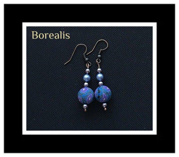 Orecchini in perle di Boemia e perline floreali in fimo