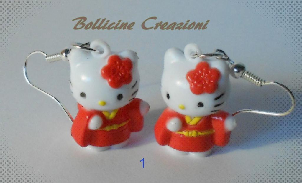 Orecchini pendenti Hello Kitty in plastica