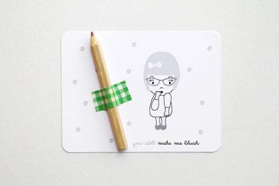 Seet con 2 postcards + 2 matite colorate