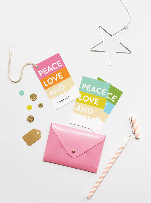 Set con 6 Tags (Peace, Love, And)