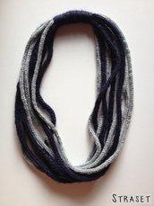 Collana lunga a tricotin