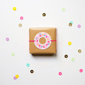 Set con 12 Tags Donuts