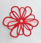 40 fiori bucati di cartoncino